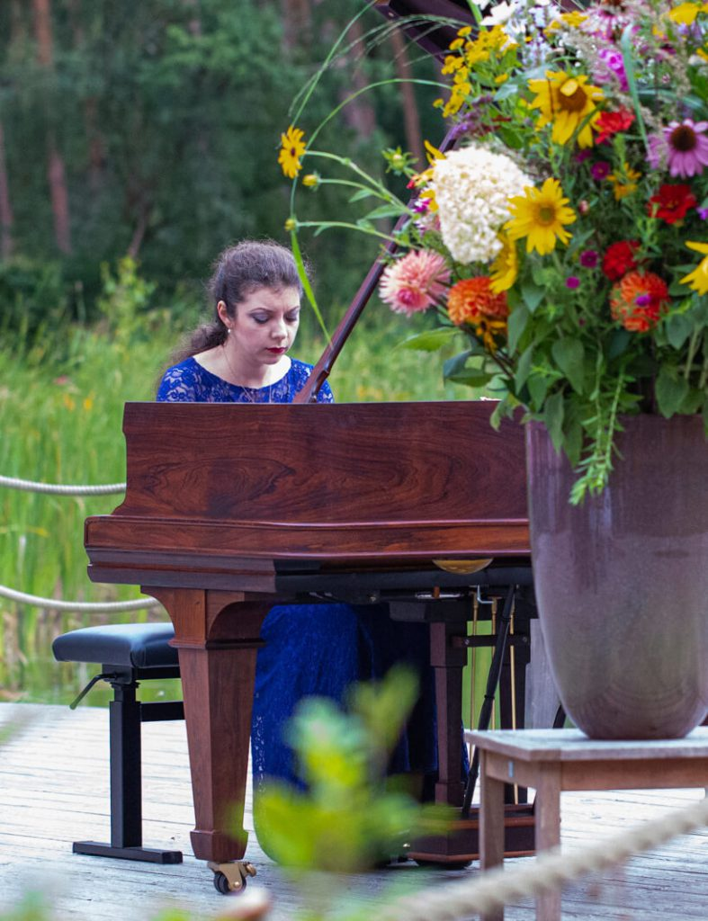 Konzerte am Waldsee Michaelshof Sammatz | Waldszenen | Sofja Gülbadamova